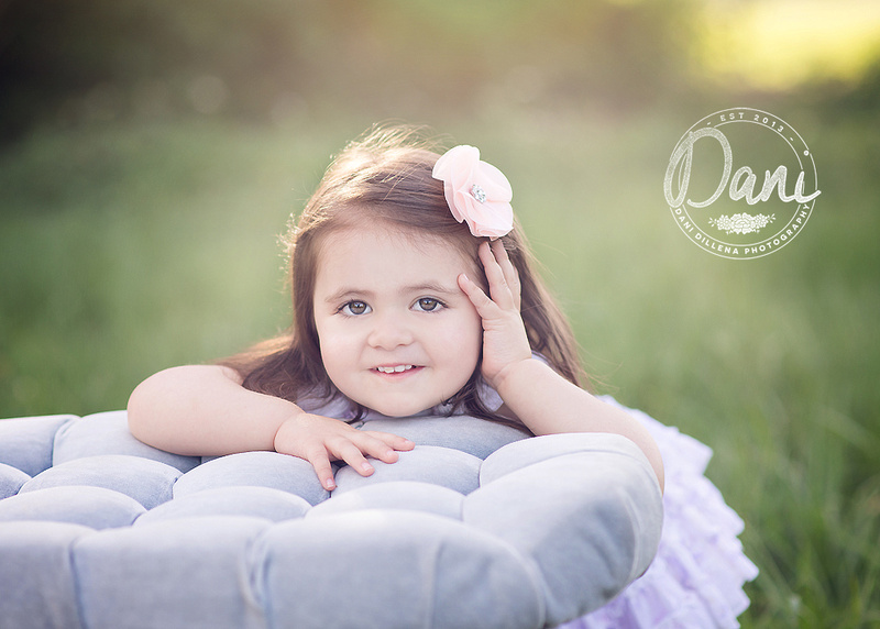 child portrait session for a 2 year old girl